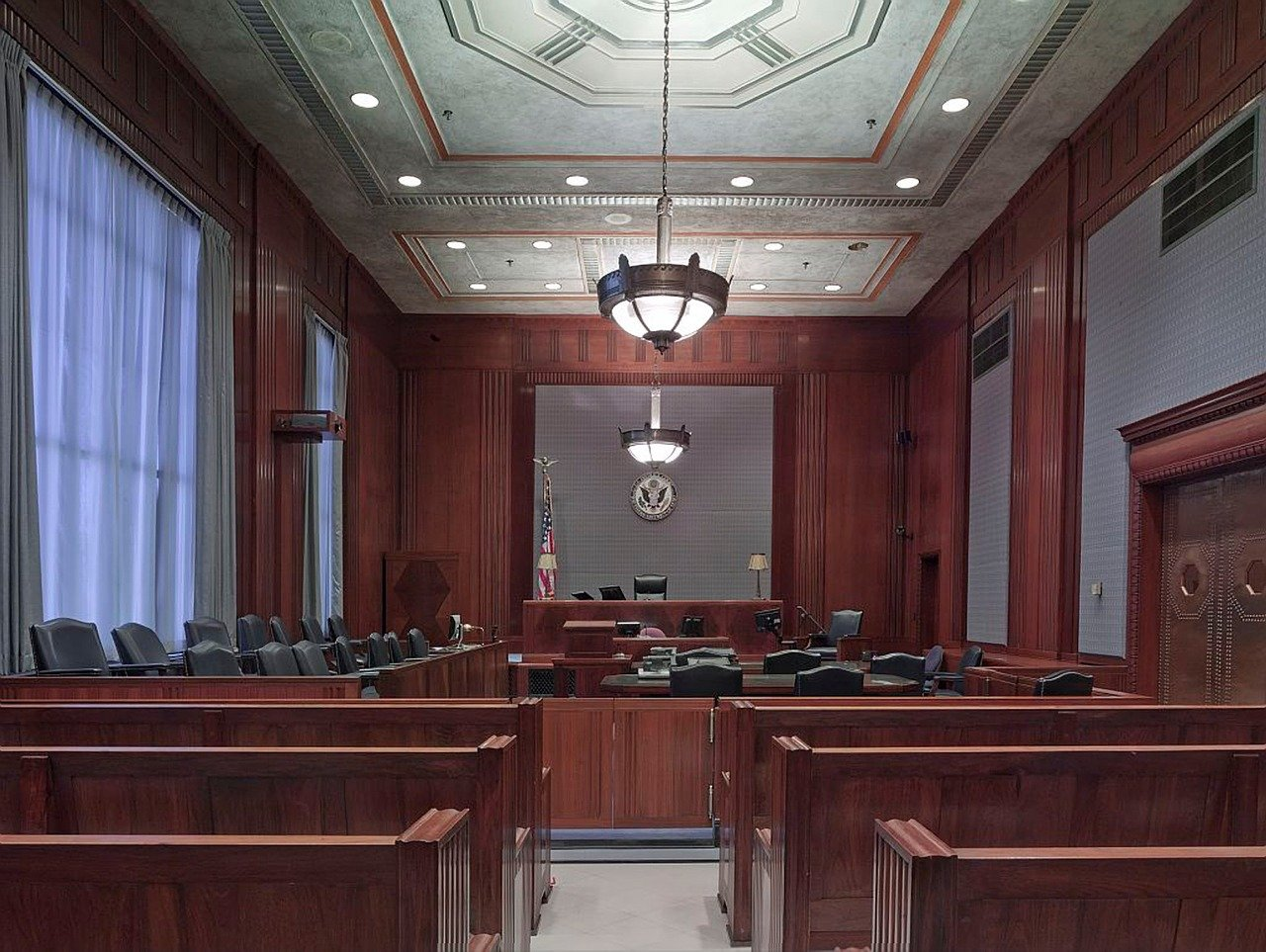 jury, courtroom, drunk driving accident, drunk driver